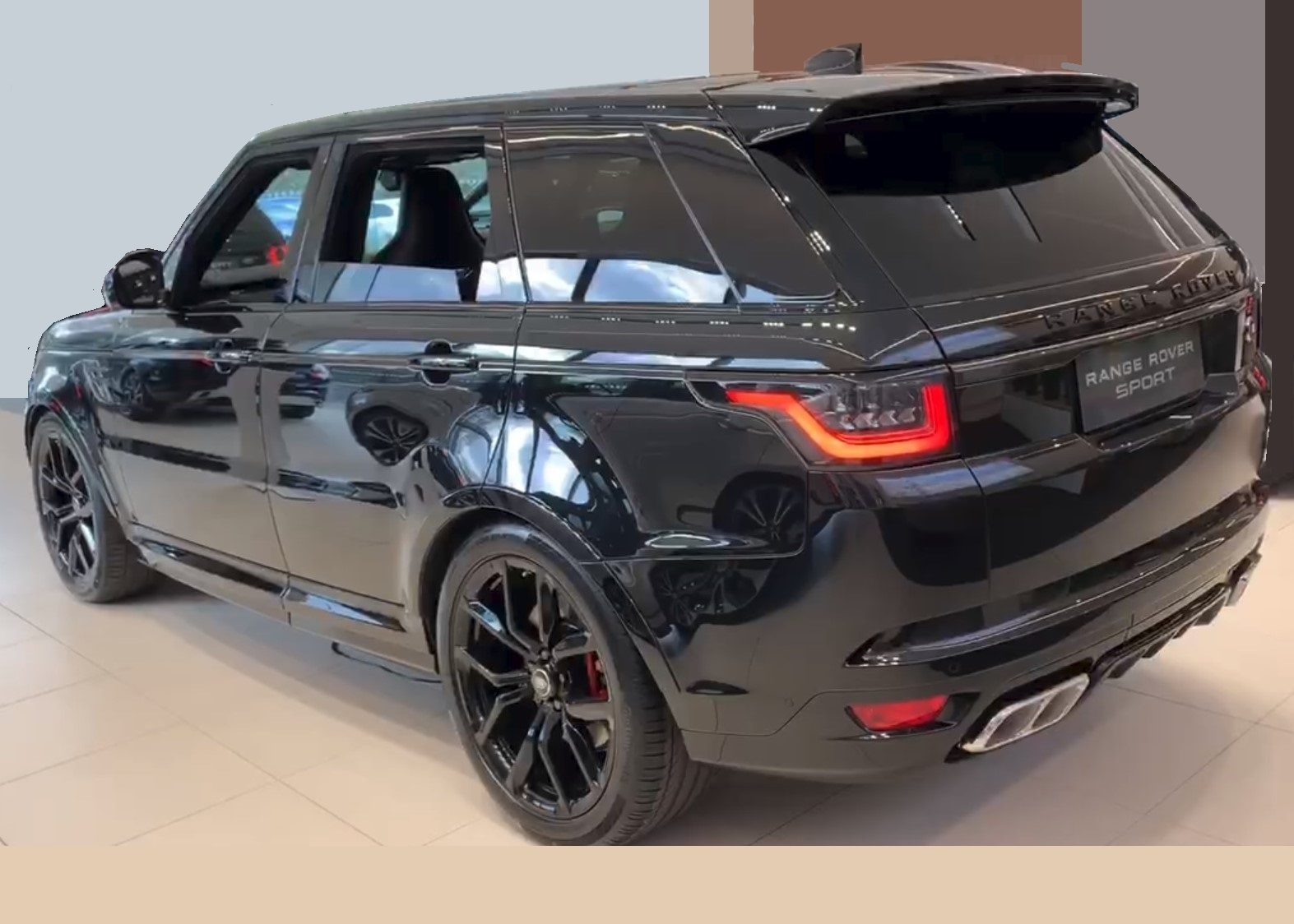 RHD-UK-MY2019 SVR-Range-Rover-Sport Santorini-Black Prestige-Vehicle-Search-Ltd
