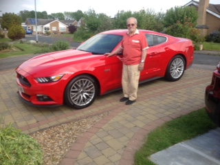 Ford-Mustang-Red